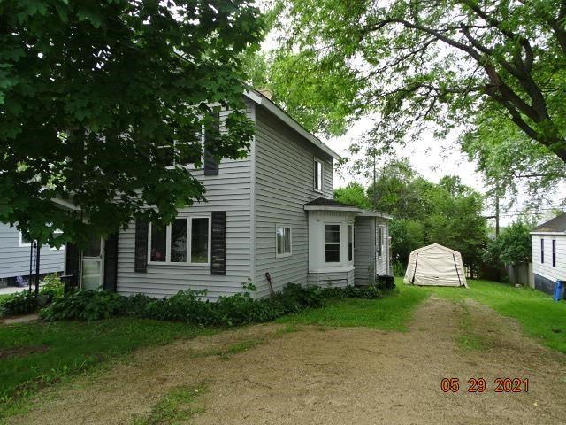 816 E Cook St, Portage, WI 53901 - #: 1911350