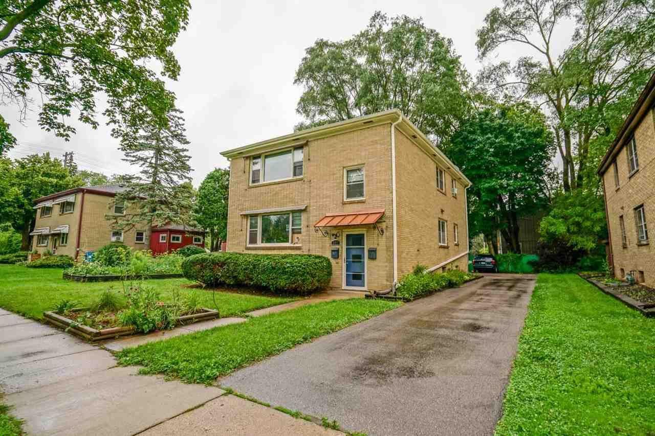 541 Oak St, Madison, WI 53704 - #: 1914351
