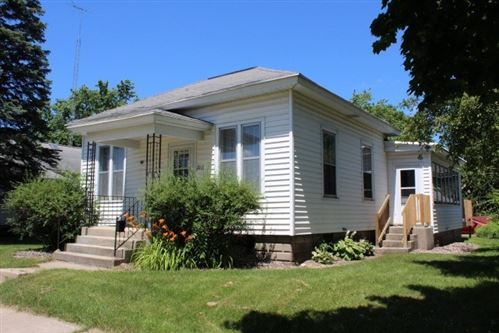 Photo of 715 W Cook St, Portage, WI 53901 (MLS # 1875352)