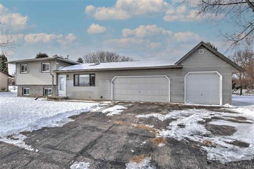 Photo of 3880 Sunny Wood Dr, DeForest, WI 53532 (MLS # 1899352)