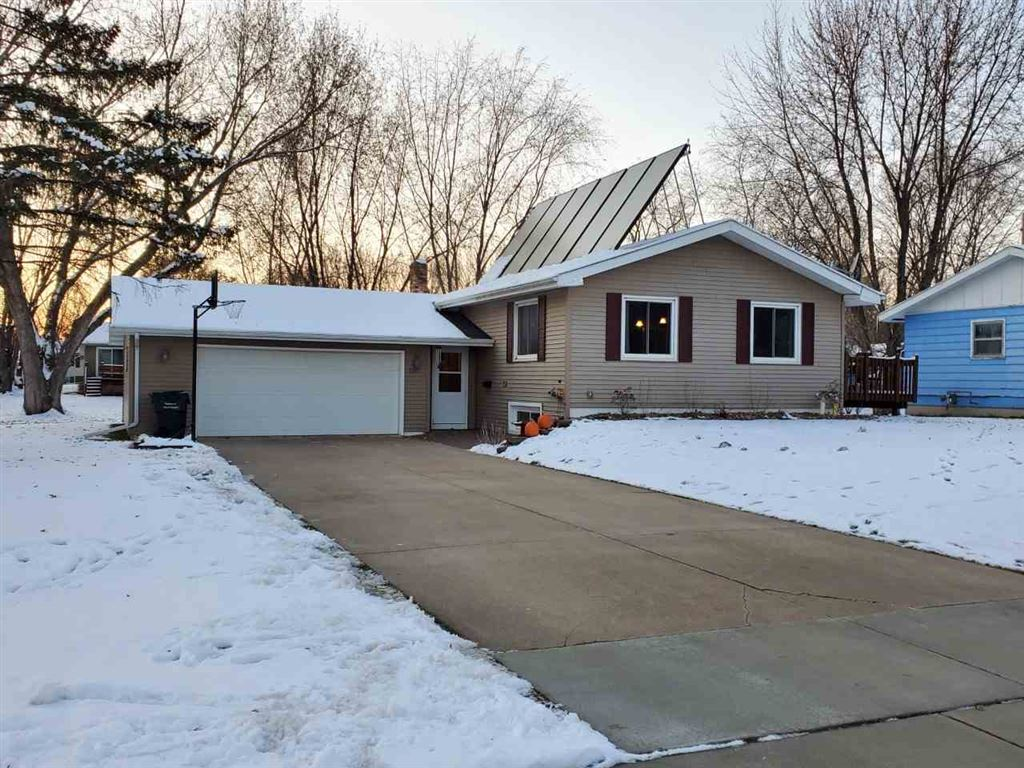 1317 Lincoln Ave, Tomah, WI 54660 - #: 1872354