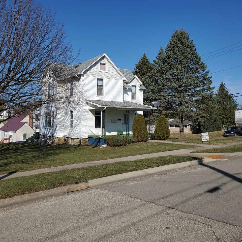 367 S Washington St, Lancaster, WI 53813 - #: 1901355
