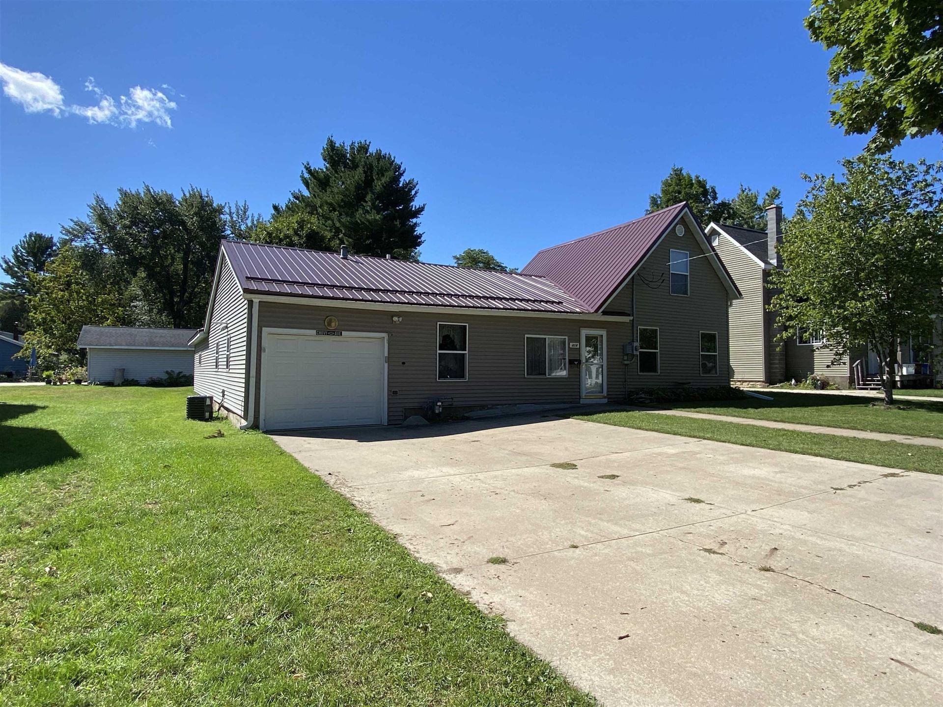 414 E Bluff St, Boscobel, WI 53805 - #: 1919356