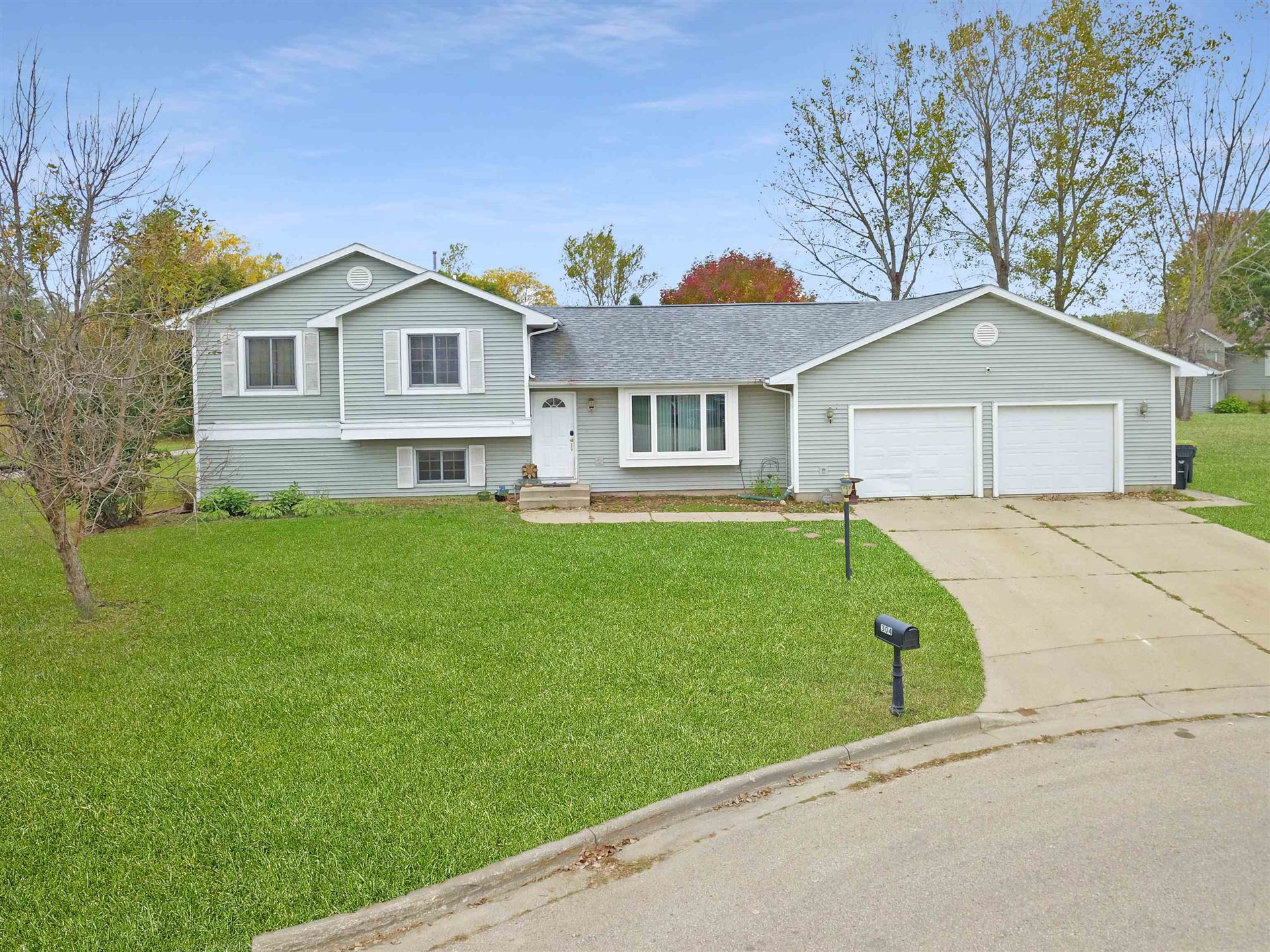 304 Hyland Ave, Tomah, WI 54660 - #: 1921356