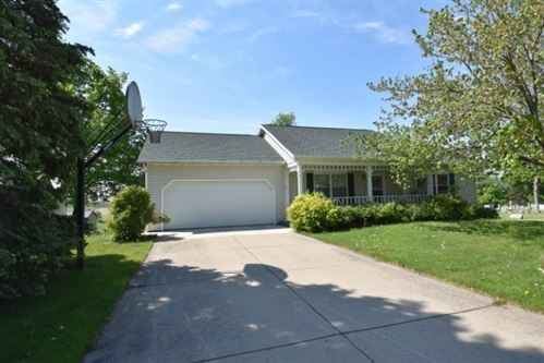 Photo of 818 FAIR ST, Mineral Point, WI 53565 (MLS # 1909358)