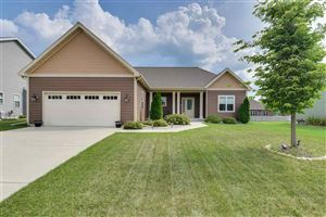Photo of 4381 Snowy Ridge Tr, Windsor, WI 53598 (MLS # 1865360)