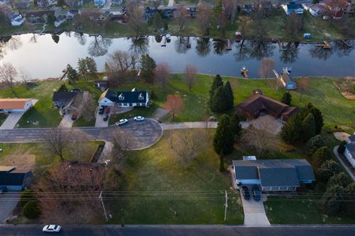 Photo of Rechek Circle Dr, Fox Lake, WI 53933 (MLS # 1867361)