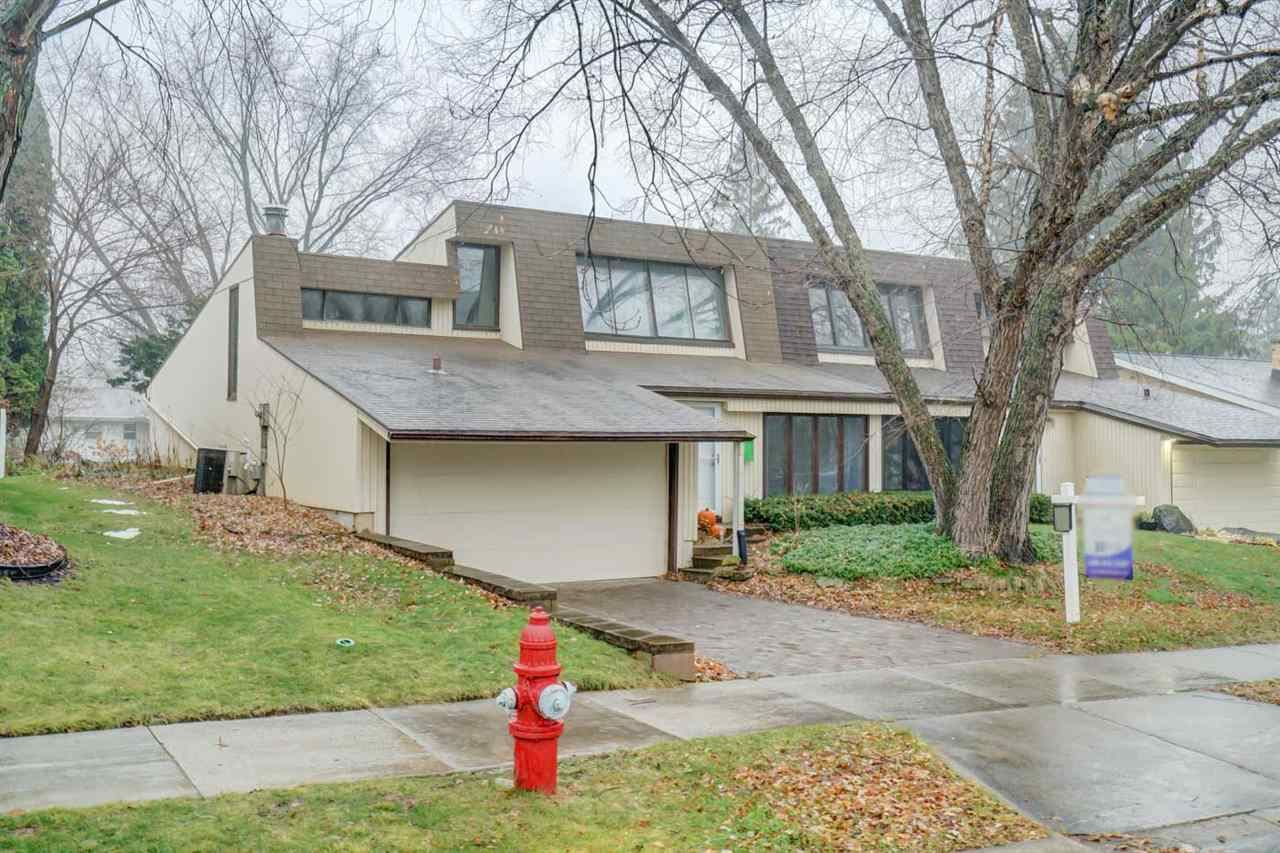 6320 Offshore Dr, Madison, WI 53705 - #: 1897361
