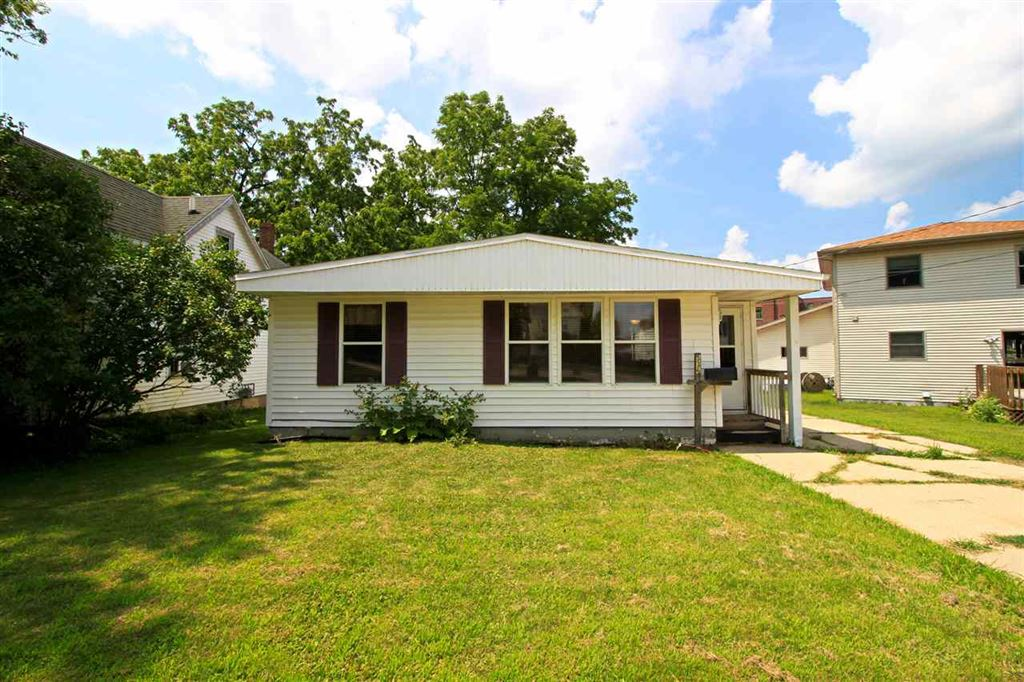 536 N Lincoln Ave, Beaver Dam, WI 53916 - #: 1864364