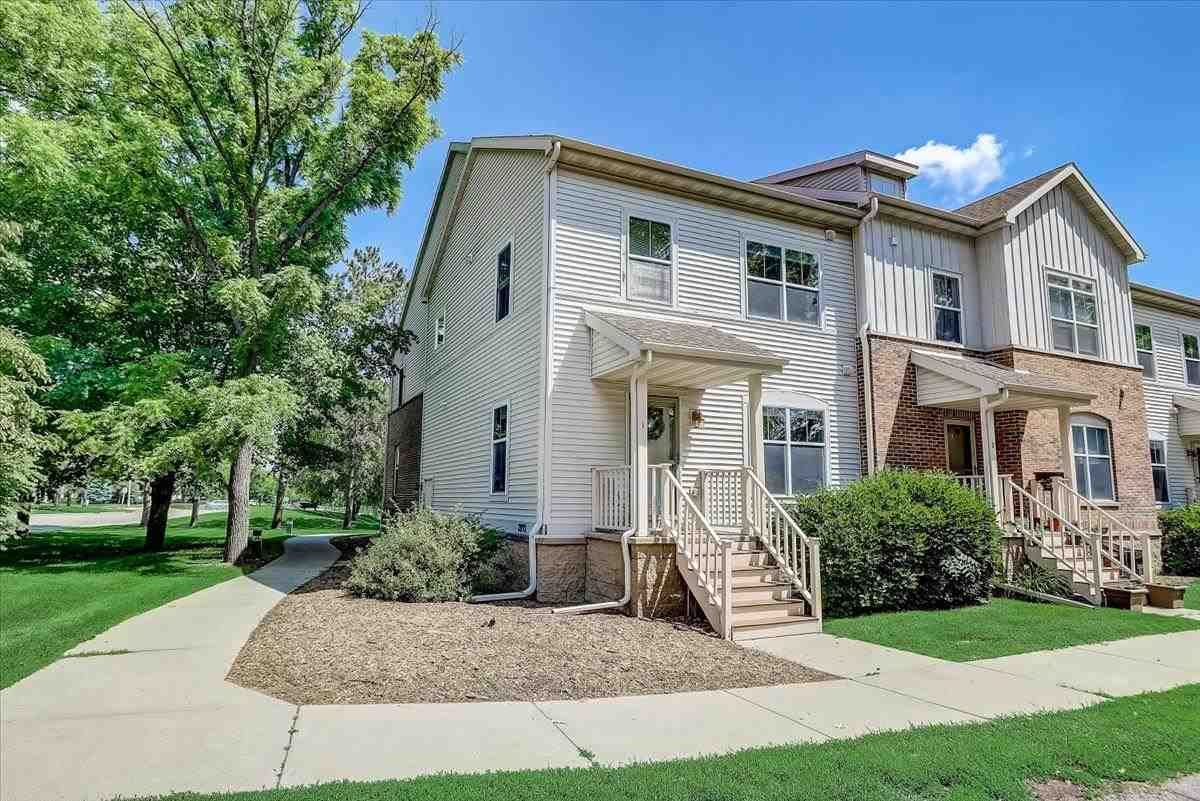 Photo for 2892 S Seminole Hwy #1, Fitchburg, WI 53711 (MLS # 1911364)
