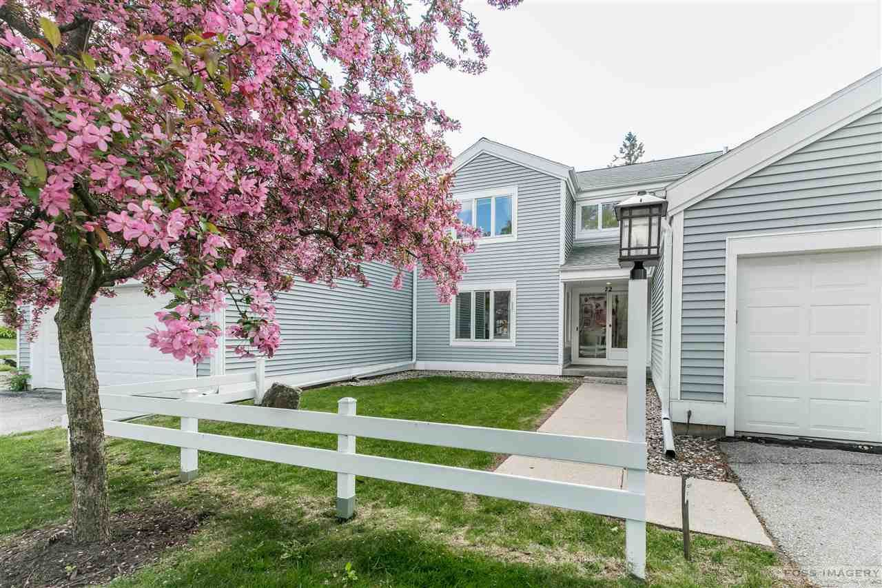 72 Oak Creek Tr, Madison, WI 53717 - #: 1909366