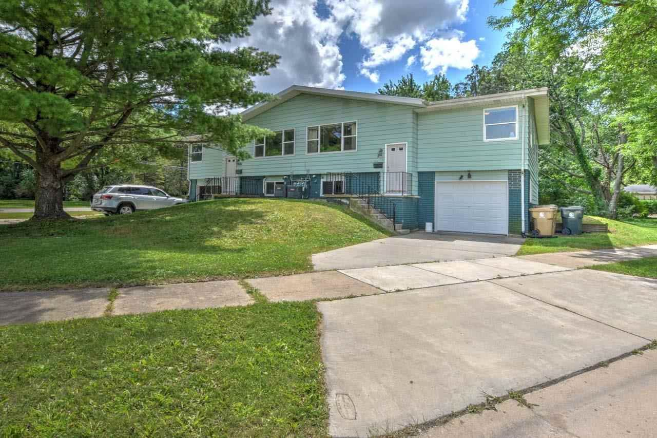 Photo for 2 Gilbert Ct, Madison, WI 53711 (MLS # 1915367)