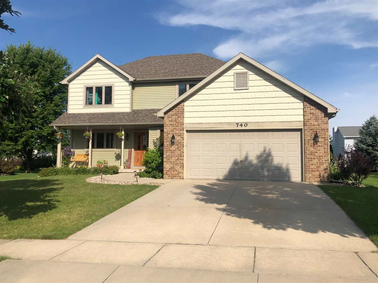 740 Valley View Dr, Stoughton, WI 53589 - #: 1888368