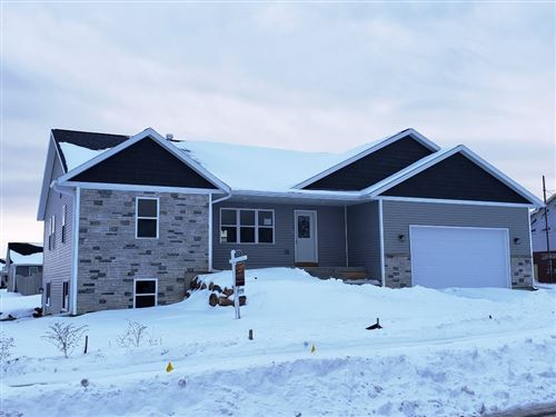 Photo of 1430 21st St, Baraboo, WI 53913 (MLS # 1873372)