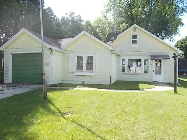 388 14th St, Fond du Lac, WI 54935 - #: 1890372