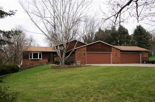 Photo of 4810 Westman Ct, Middleton, WI 53562 (MLS # 1878373)