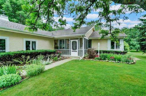 Photo of 725 Terrace Ridge, Cottage Grove, WI 53527 (MLS # 1886373)