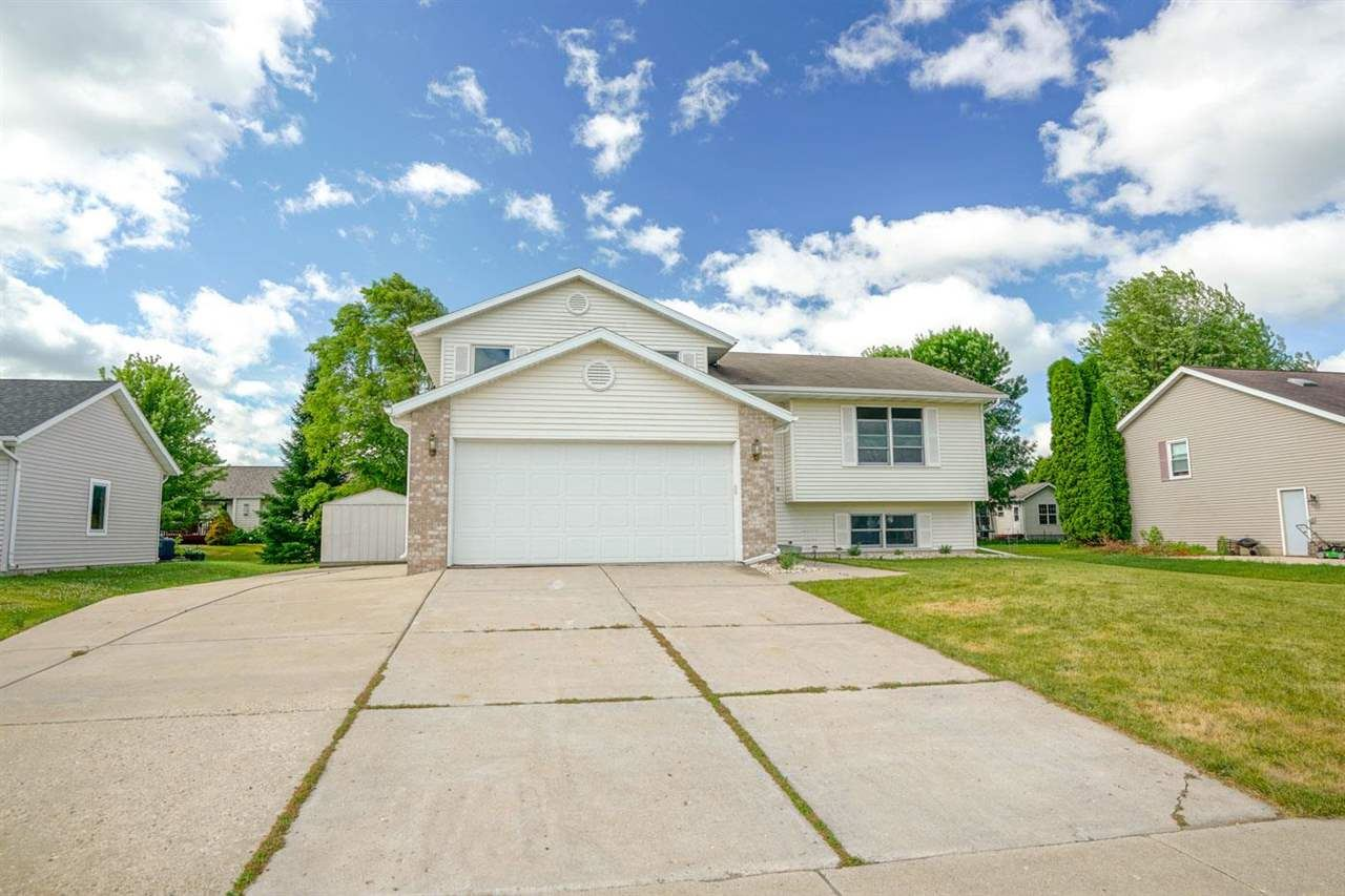 1138 S Perry Pky, Oregon, WI 53575 - #: 1912373