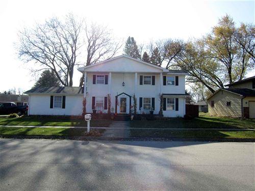 Photo of 2514 Kenwood Ave, Janesville, WI 53545 (MLS # 1897378)