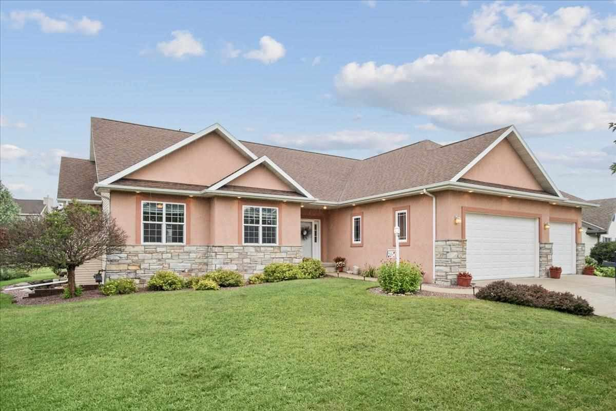 401 Manley Ln, Cottage Grove, WI 53527-8121 - #: 1915378