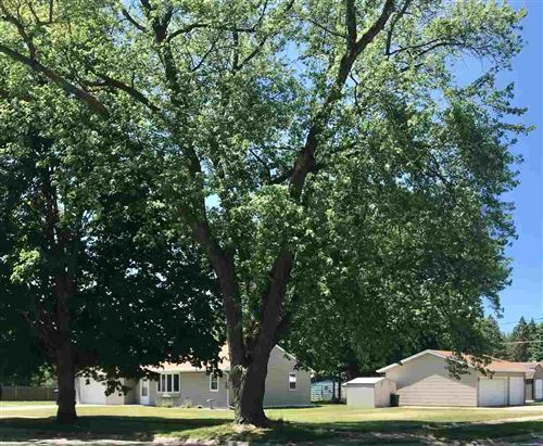 Photo of 1806 S Marion Avenue, Janesville, WI 53545-5936 (MLS # 1912379)