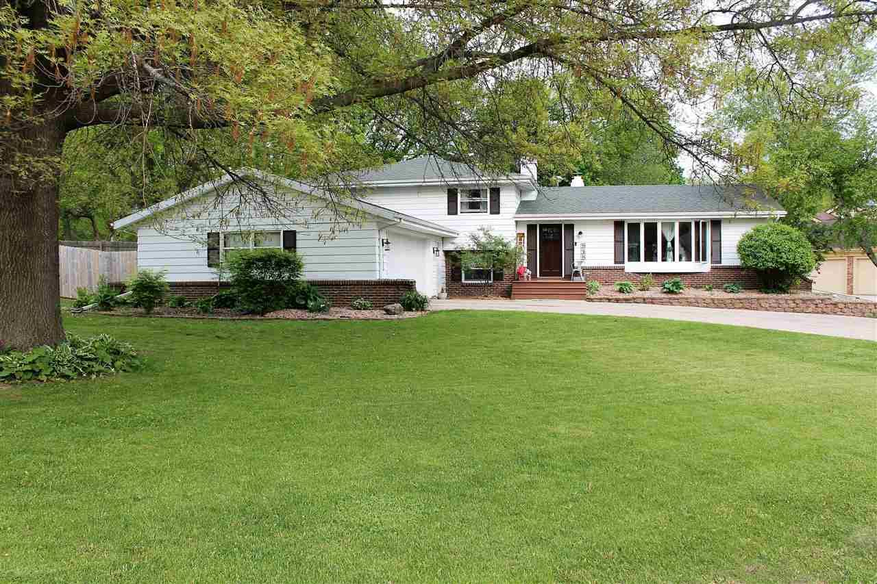 848 N Marion Ave, Janesville, WI 53548 - #: 1909379
