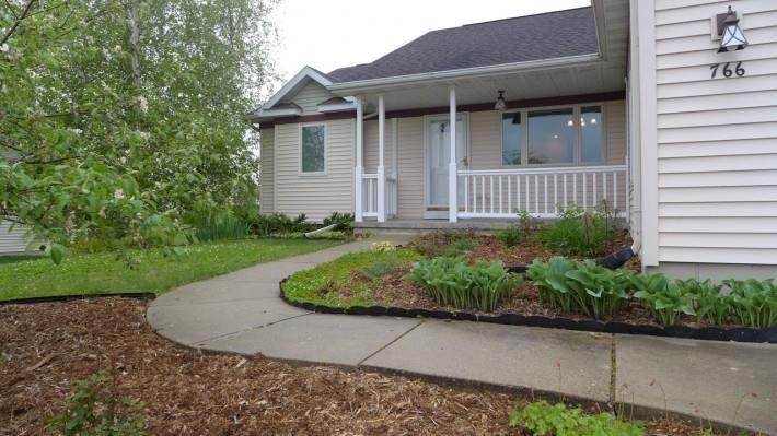 766 Fairfax Ave, Oregon, WI 53575 - #: 1909381