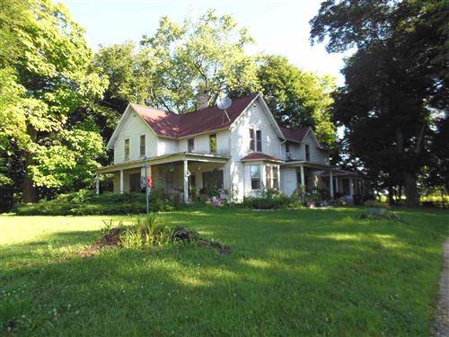 Photo of N3104-N3114 HWY 12, Jefferson, WI 53538-9778 (MLS # 1819382)
