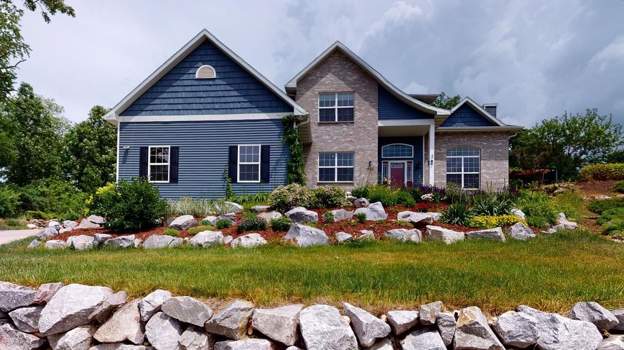 1252 Black River Ct, Whitewater, WI 53190 - #: 375384