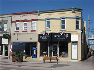 Photo of 731 Oak St, Wisconsin Dells, WI 53965 (MLS # 1836387)