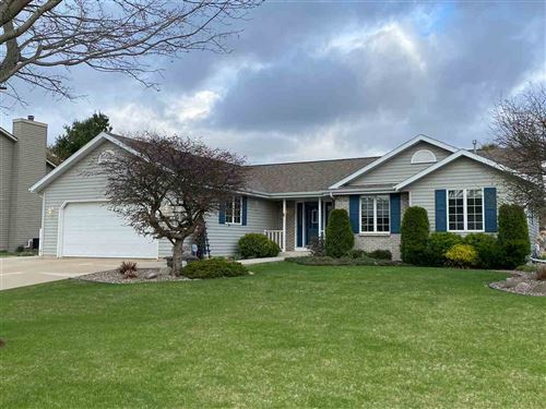 Photo of 940 Burnwyck Dr, Janesville, WI 53546 (MLS # 1906393)