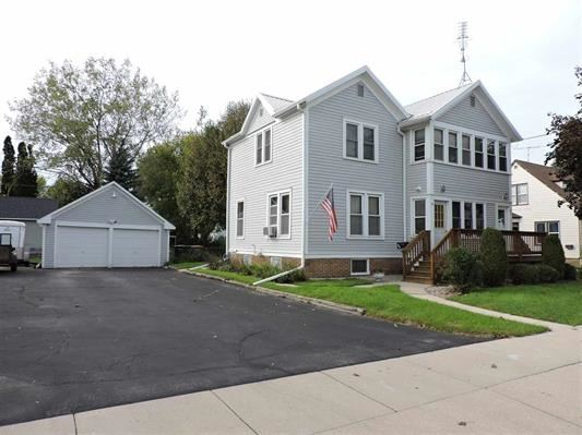 16-18 S Watertown St, Waupun, WI 53963 - #: 1870394