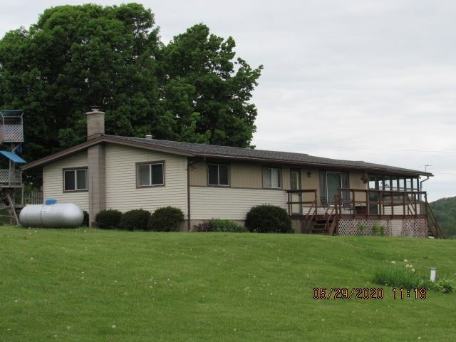 23539 Neon Ln., Richland Center, WI 53581 - #: 1884394