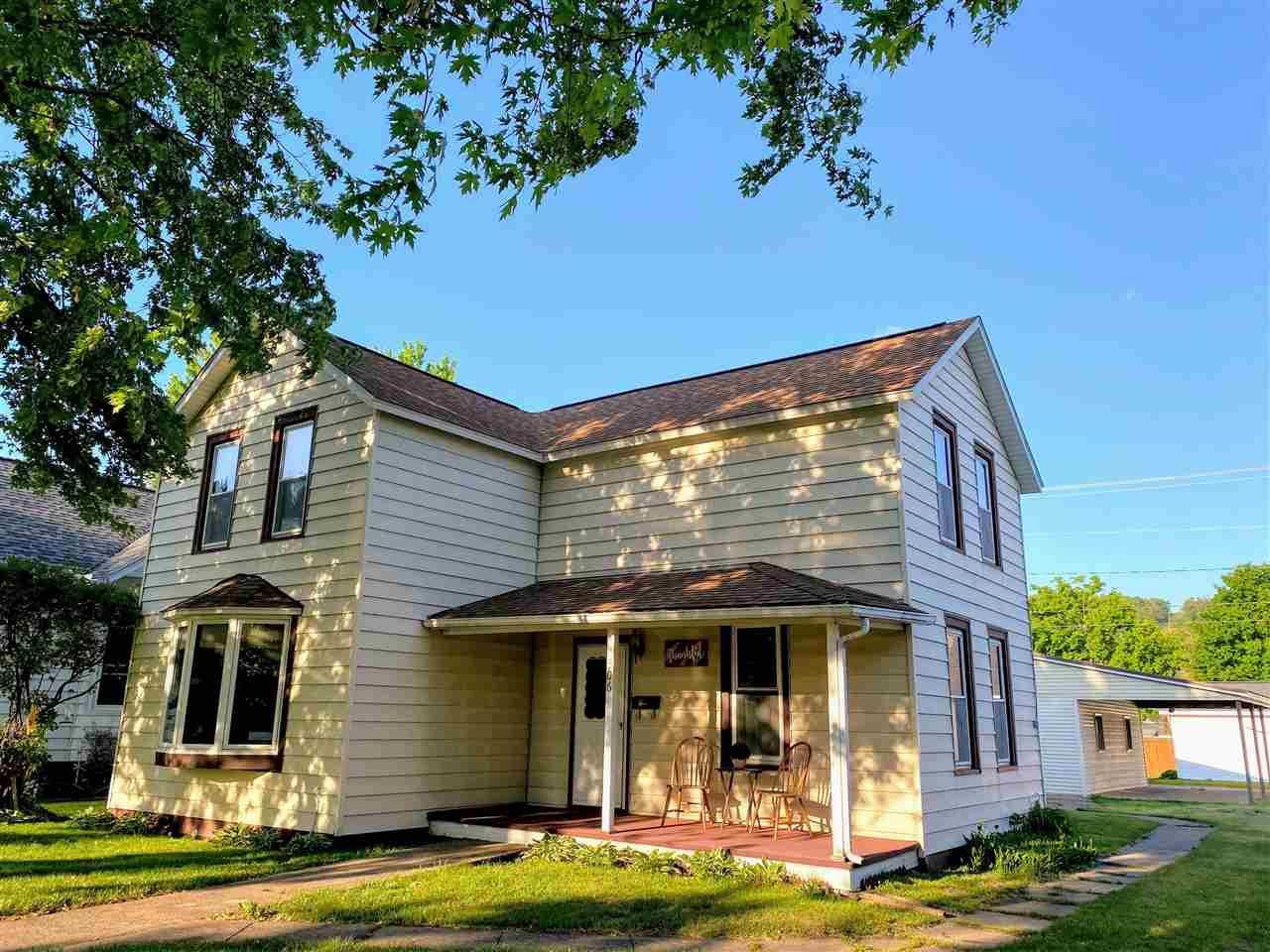 506 N Michigan, Prairie du Chien, WI 53821 - #: 1909394