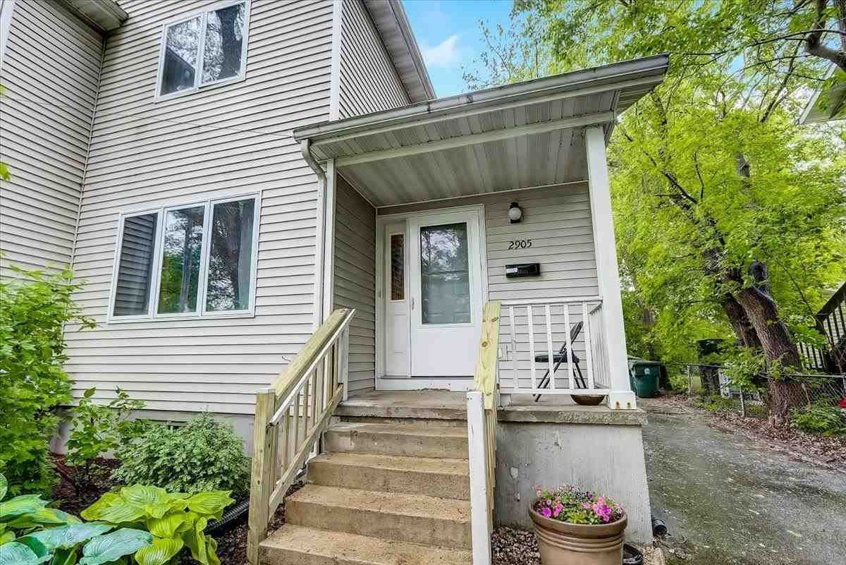 2905 Hoard St, Madison, WI 53704 - #: 1910395