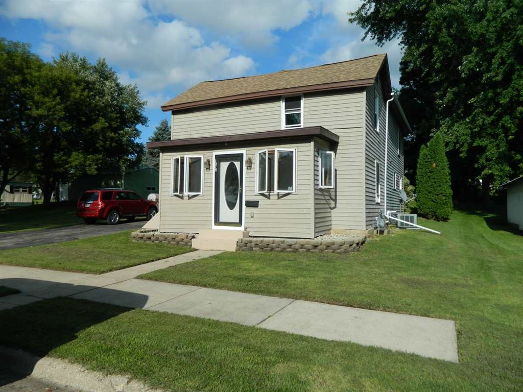 1512 11th Ave, Monroe, WI 53566 - #: 1866396