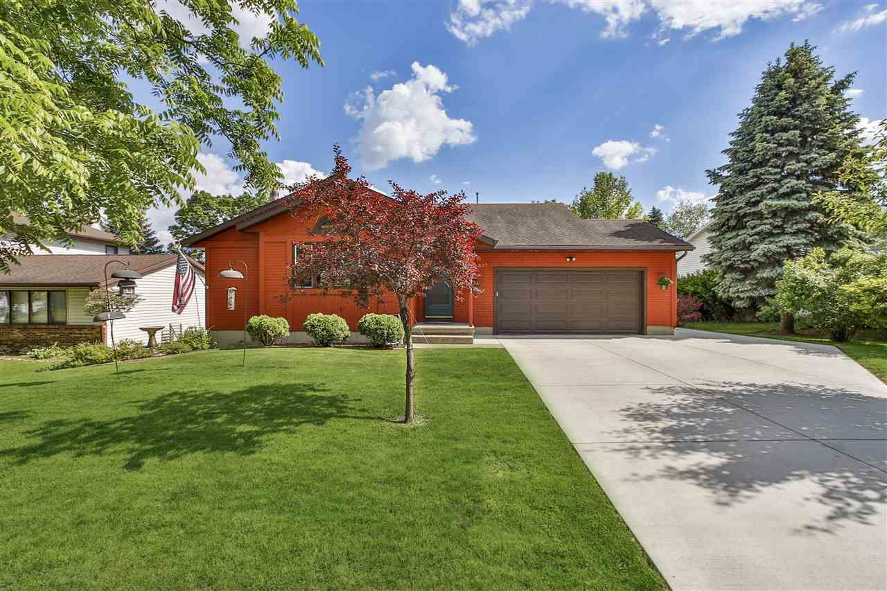 5521 Forge Dr, Madison, WI 53716 - #: 1911396
