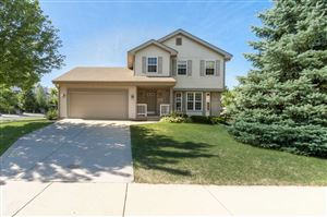 Photo of 702 Cone Flower St, Middleton, WI 53562 (MLS # 1867402)