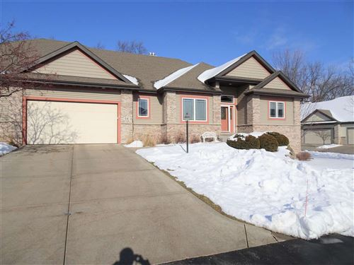Photo of 18 Bailey Way, Fitchburg, WI 53711 (MLS # 1900403)