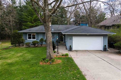 Photo of 3813 Hillcrest Dr, Madison, WI 53705 (MLS # 1906403)
