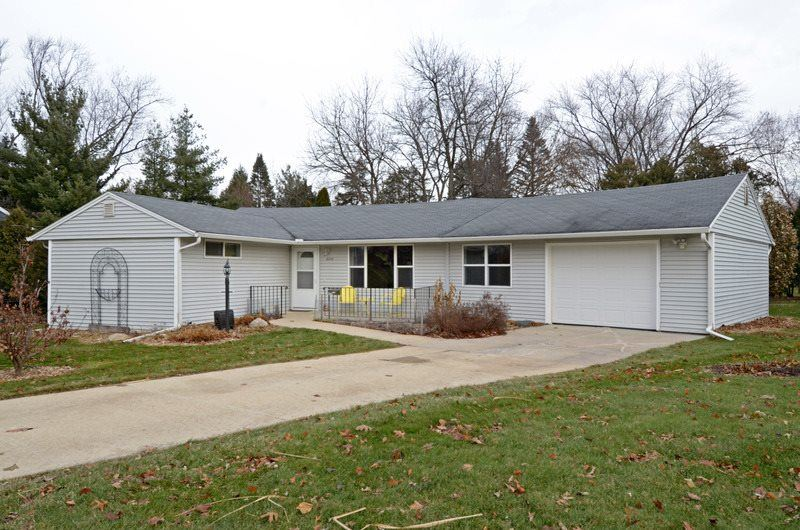 4714 Ames St, Madison, WI 53711 - #: 1872403