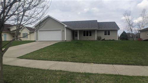 Photo of 1823 S Grant Ave, Janesville, WI 53546 (MLS # 1906404)