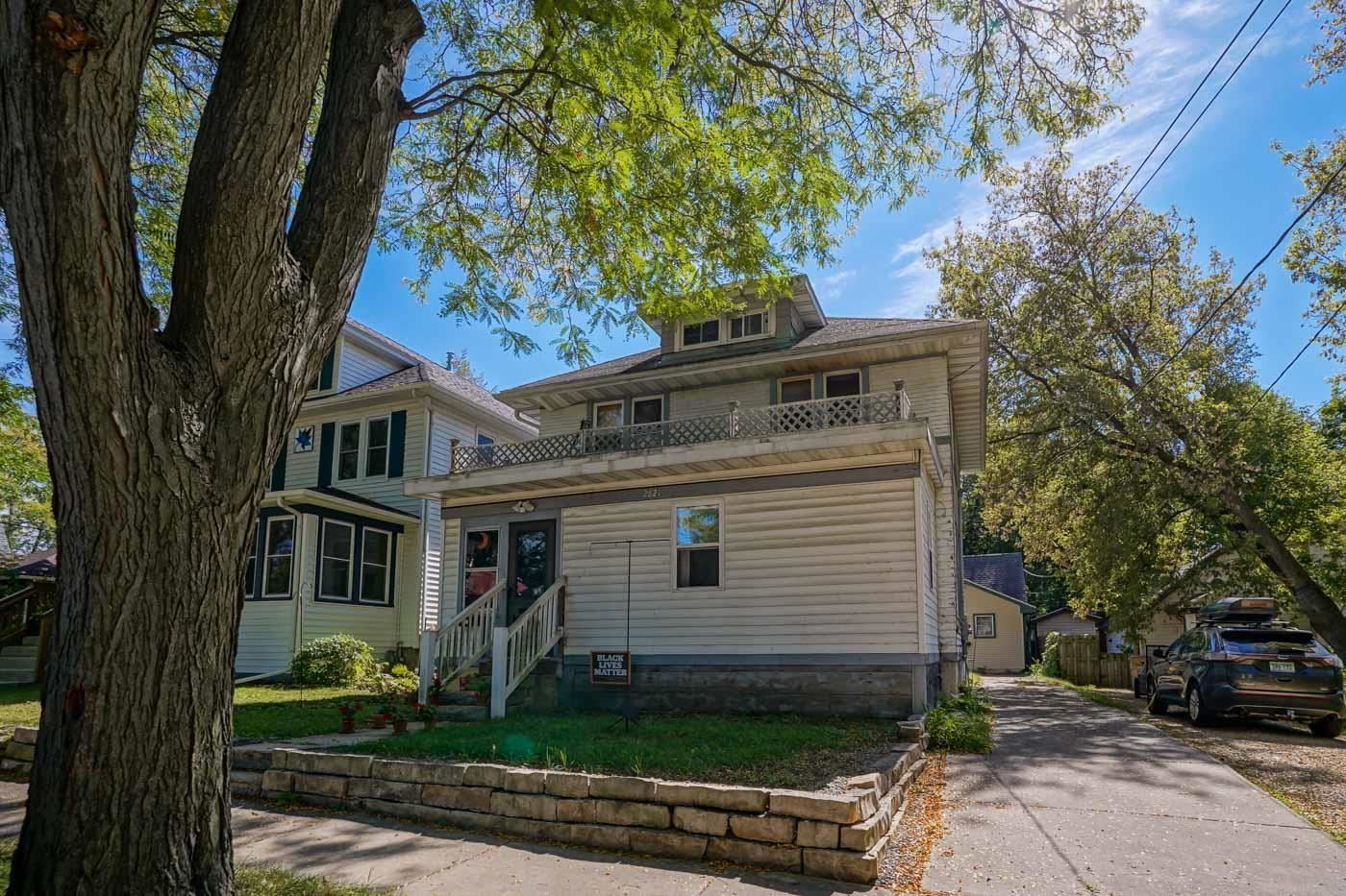 Photo for 2821 & 2821 1/2 Union St, Madison, WI 53704 (MLS # 1921404)