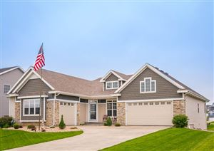 Photo of 1316 Canterbury Pass, Verona, WI 53593 (MLS # 1858405)