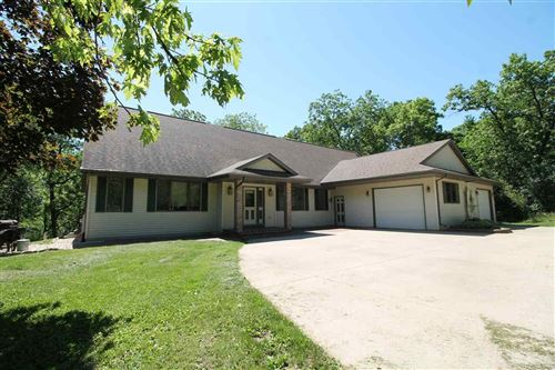 Photo of 5417 N River Rd, Janesville, WI 53545 (MLS # 1885406)