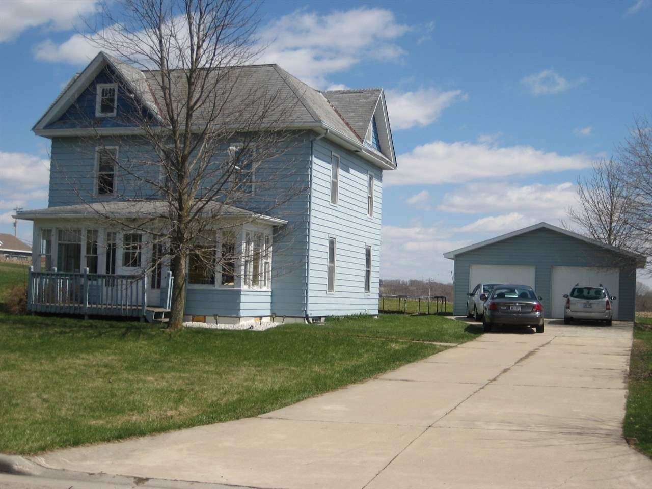 490 Hollander St, Markesan, WI 53946 - #: 1881406