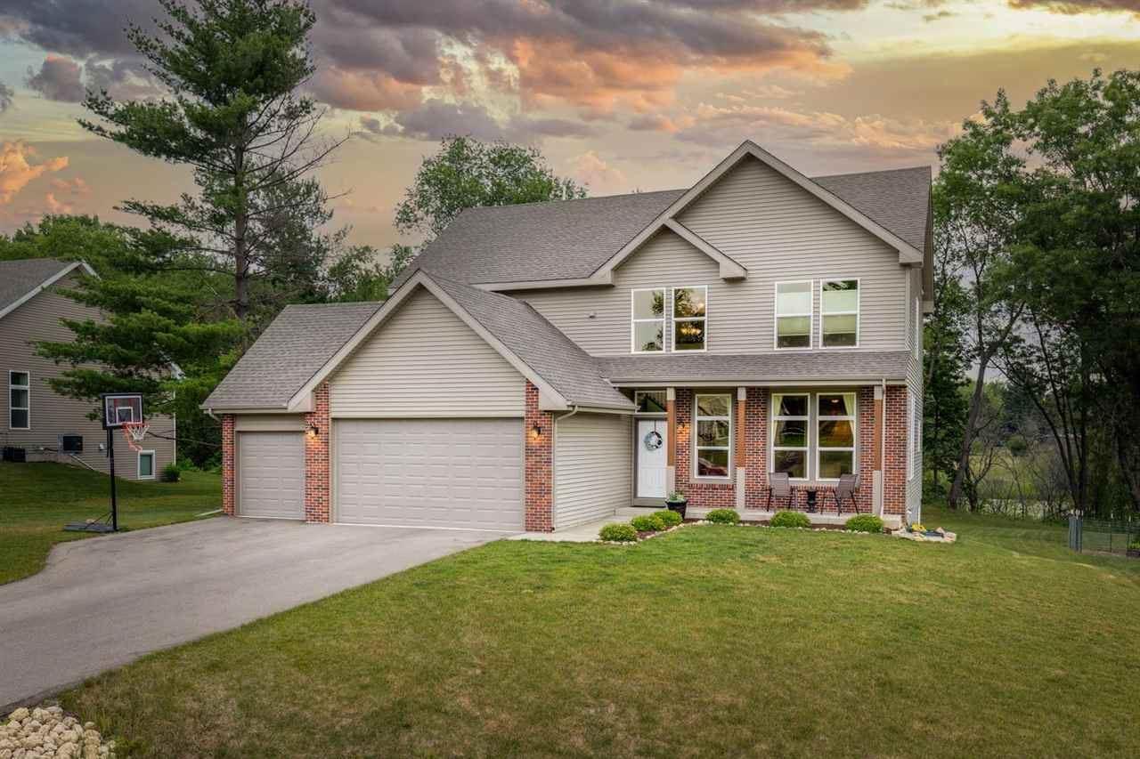 f_1912406 Real Estate in 53534 zip code