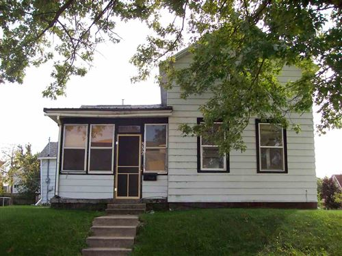Photo of 332 W Marion st, Portage, WI 53901 (MLS # 1889407)
