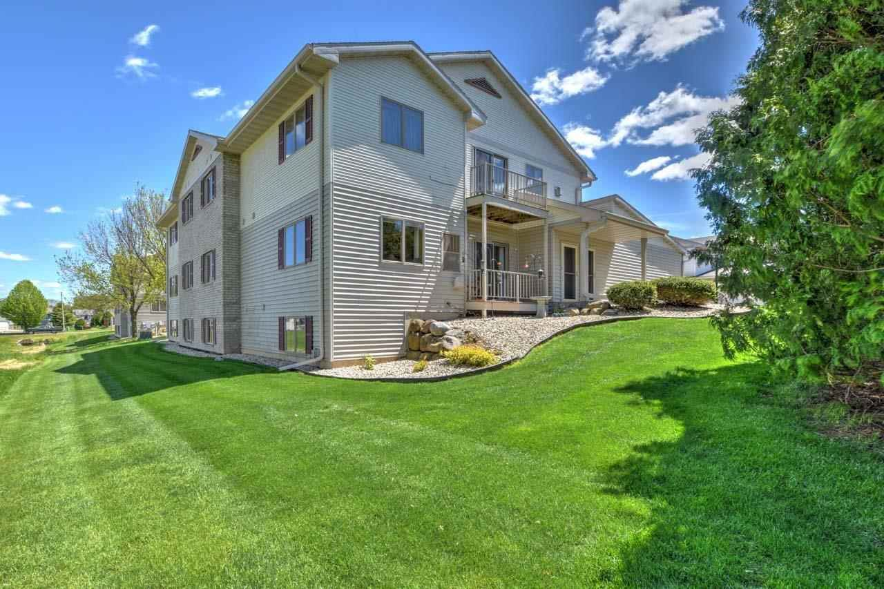 632 Military Ridge Dr, Verona, WI 53593 - #: 1909409