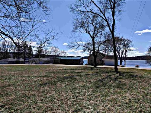 Photo of 0.77 Ac Lake Wisconsin Dr, Merrimac, WI 53561 (MLS # 1880410)